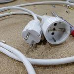 Alargadera lista para usarse en cualquier aparato eléctrico con cable